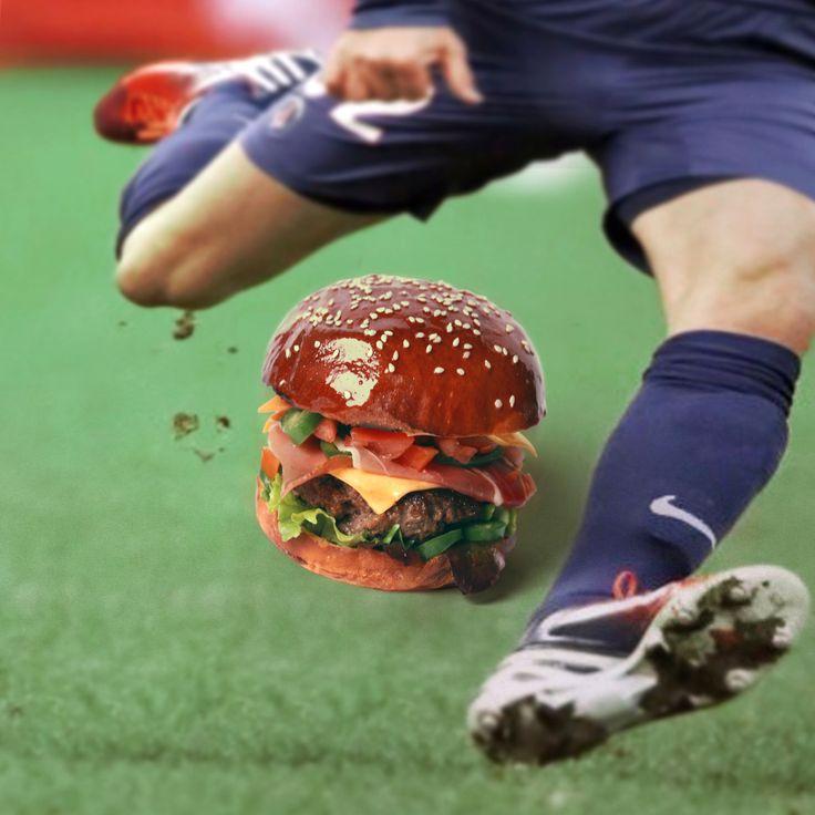 David Burger. Pain au Sésame Grillé. Speck-ham. Pelouse de jeunes pousses. Victorienne de tomates. PimentsSpice boy. 37 years mature cheddar. Sauce Qatar. #If you wanna be my burger