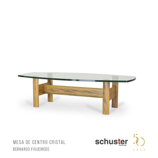 Mesa de centro Cristal, por Bernardo Figueiredo. Peça em madeira maciça. #Bernardofigueiredo #schuster #schustermoveisedesign #SchusterContemporaryDesign #mesacristal
