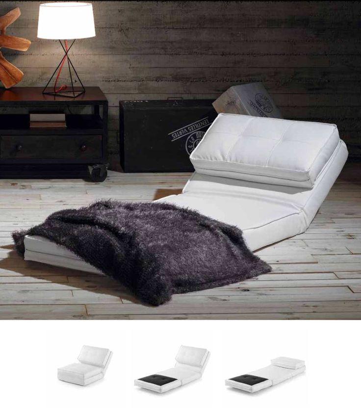 Lenestol du kan gjøre om til seng😃😴 Modell ZIP. Du finner den i nettbutikken: www.mirame.no 😊 #lenestol #stol #stue #gang #seng #smårom #sovestol #hvilestol #puff #innredning #møbler #norskehjem #mirame #pris  #interior #interiør #design #nordiskehjem #vakrehjem #nordiskdesign  #oslo #norge #norsk  #bilde #speilbilde #tre #metall #rom123  #zip