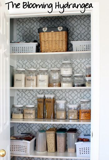 My Pretty Pantry - I love how she made the wall pop! I want to redo my pantry - hmmmm the wheels are a-turnin'!
