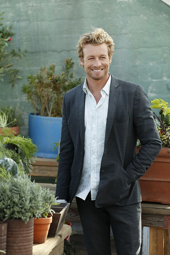 "No wonder Patrick Jane doesn't look like he's trying very hard, why should he have to with a smile like that? Simon Baker stars in <a href=""http://www.cbs.com/shows/the_mentalist/"">The Mentalist</a> Sundays at 10/9c."