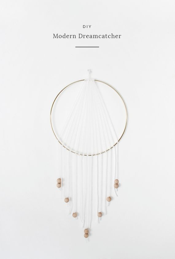 How cool is this #diy modern dreamcatcher from almost makes perfect! Love it! #craft