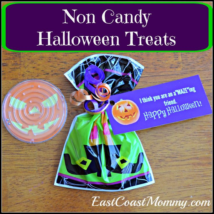 East Coast Mommy: Non-candy Halloween Treat Idea with FREE Printable {Mazes}: