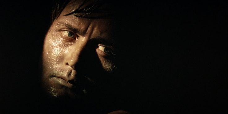 a comparison of joseph conrads heart of darkness and francis ford coppolas apocalypse now Heart of darkness by joseph conrad is a short novel published in 1899 apocalypse now is an epic 1979 film by francis ford coppola set during the.