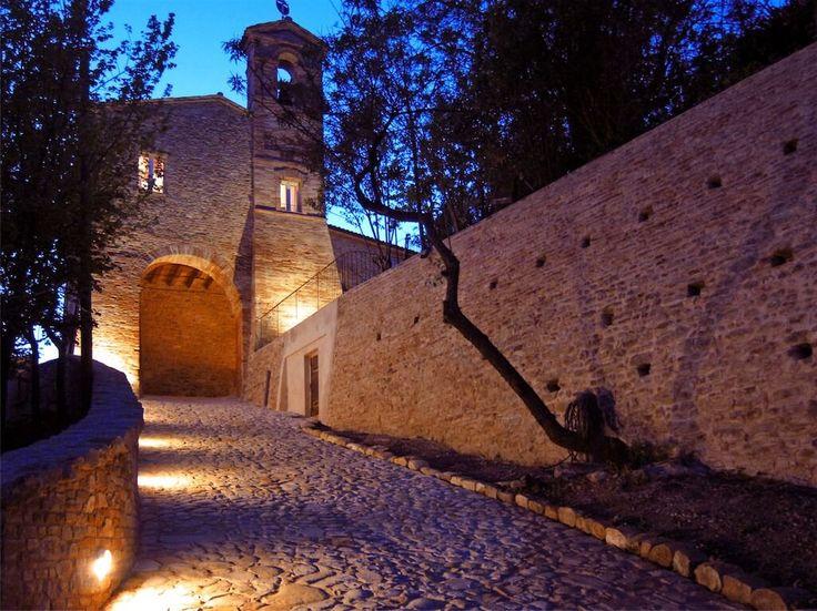 castello-granarola-esterni_notte5