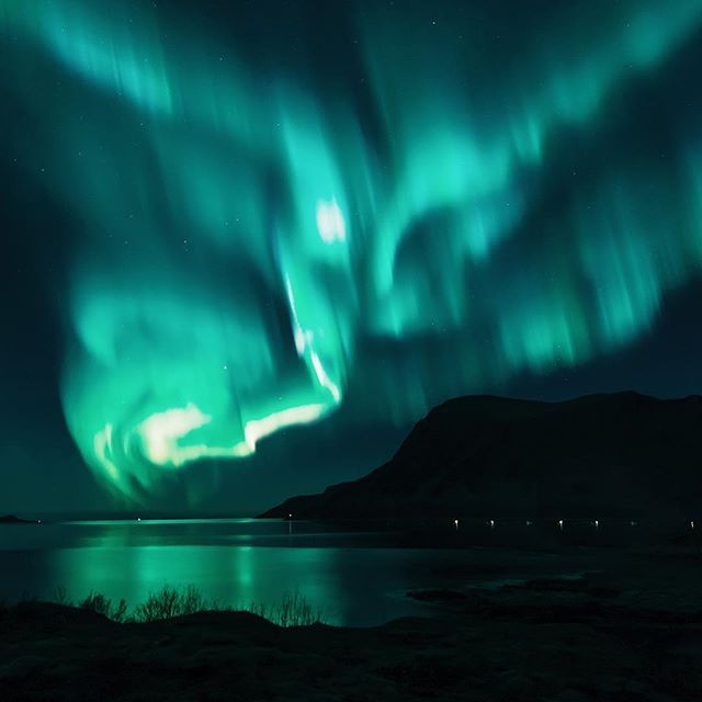 • too much light pollution here in Oslo, so here's a crazy norther lights photo by my bro @seffis
