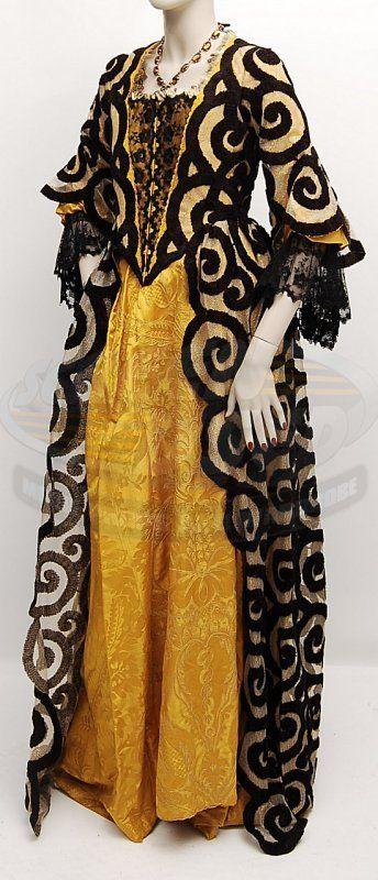 Sleepy Hollow / Lady Van Tassel's Dress / designer Colleen Atwood