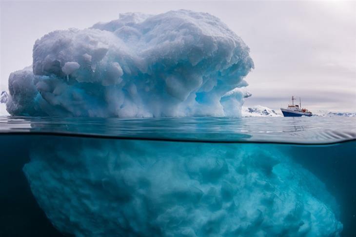 um icebergue nem sempre é tão pequeno....