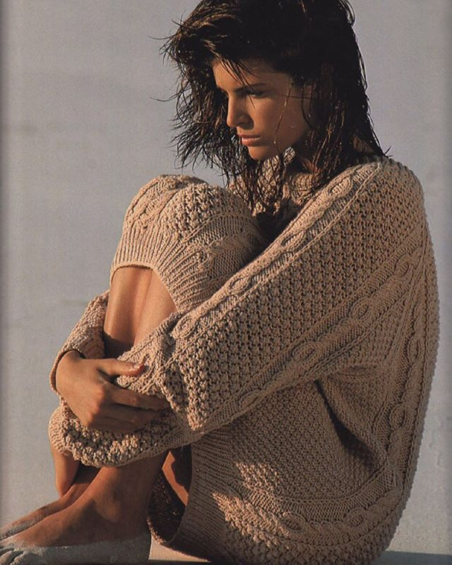 Classic. Stephanie Seymour by Gilles Bensimon.