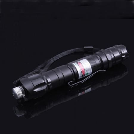 1. This Green Laser Pointers is made of  aviation aluminum alloy,strong and durable; 2.18650 battery, large capacity, easy to buy, Long duration; 3. Imported LD and accessories, increase the service life, more than 8000 hours;(Currently 50-200mW laser lights built-in import LD is very rare)