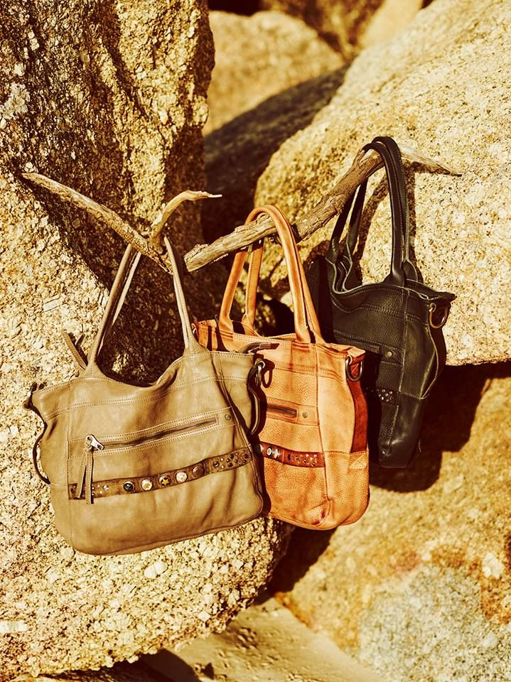 Noosa Amsterdam Classic Shopper Bags, in store and online x  http://www.blackbirdboutique.com.au/collections/noosa-amsterdam-bags