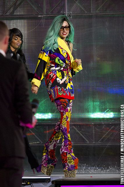 Lady Gaga Award | 2011 MMVA Much Music Video Awards 2 by TonyFelgueiras, via Flickr