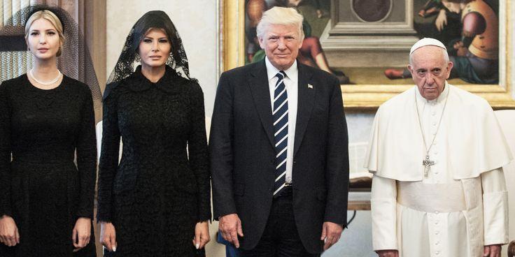 Les Trump et le pape OU la Famille Addams?