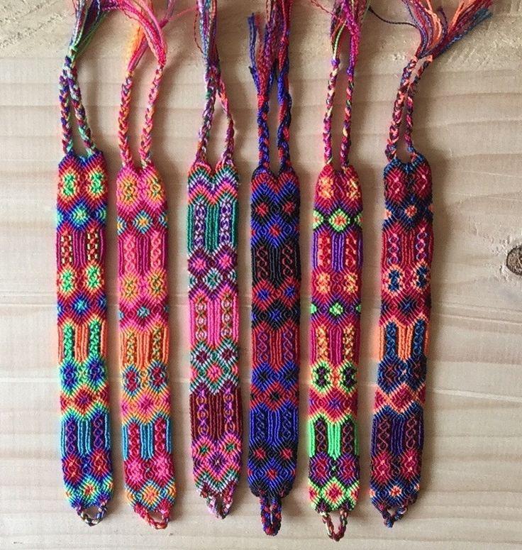 Pulseras tejidas hechas a mano en Chiapas / pulseras boho folk hippie / brazalete de la amistad de Amatzolli en Etsy