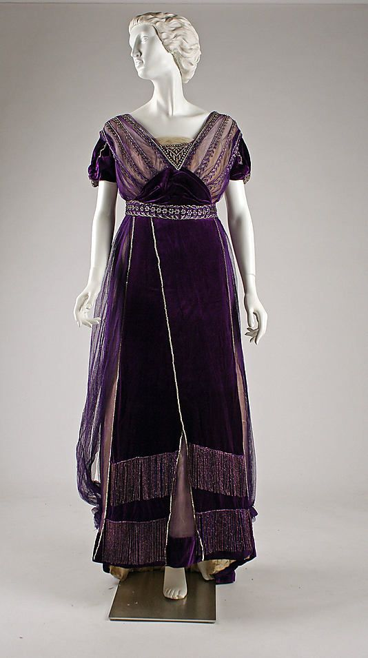 Evening Dress, House of Worth (French, 1858–1956): ca. 1910, French, silk, cotton, metallic threads, glass.