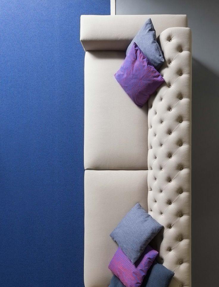 BOSTON divano con schienale capitonnè rivestito in tessuto | BOSTON sofa with tufted back and fabric cover | designed by Fattorini Rizzini & Partner | PIANCA | www.pianca.com