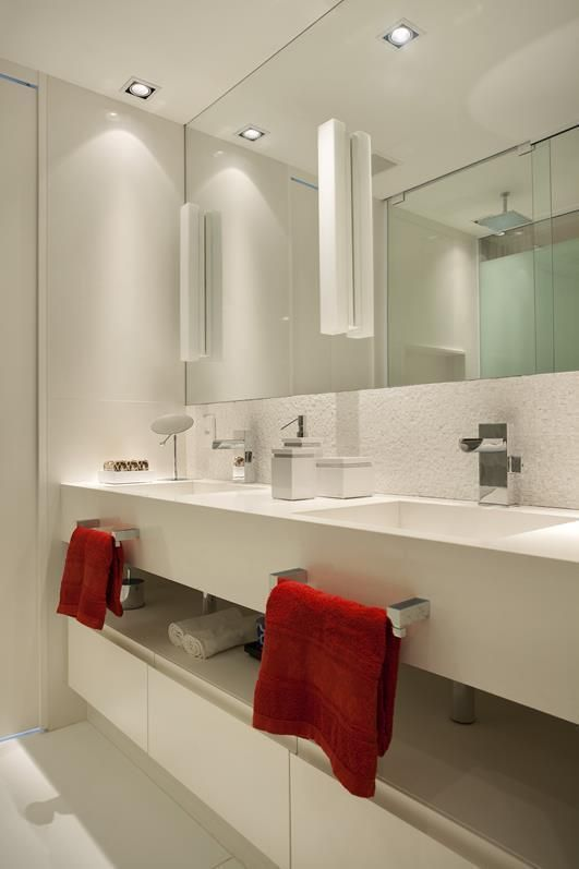 Cobertura Duplex Edifício Mandarim (Condomínio Península) / Cadore Arquitetura #bathroom #lighting
