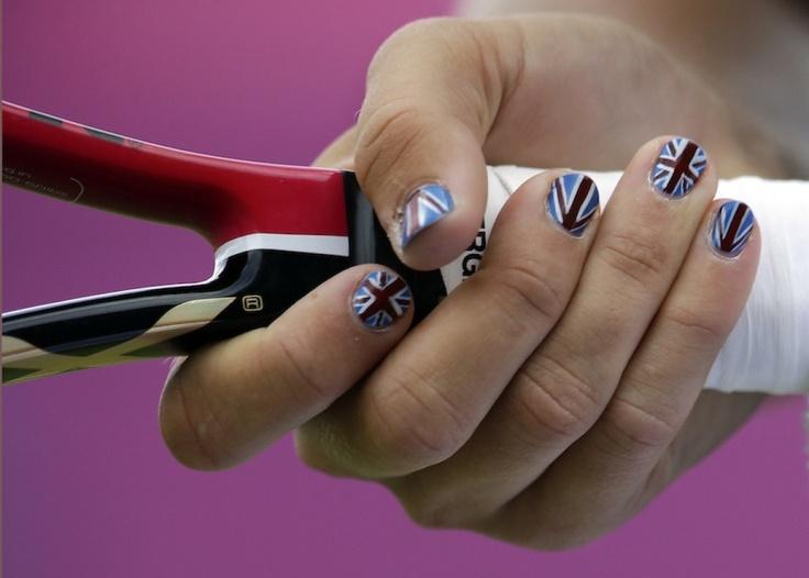 Las uñas de las Olimpiadas: las atletas de Londres 2012 locas por las manicuras patrióticas (FOTOS)