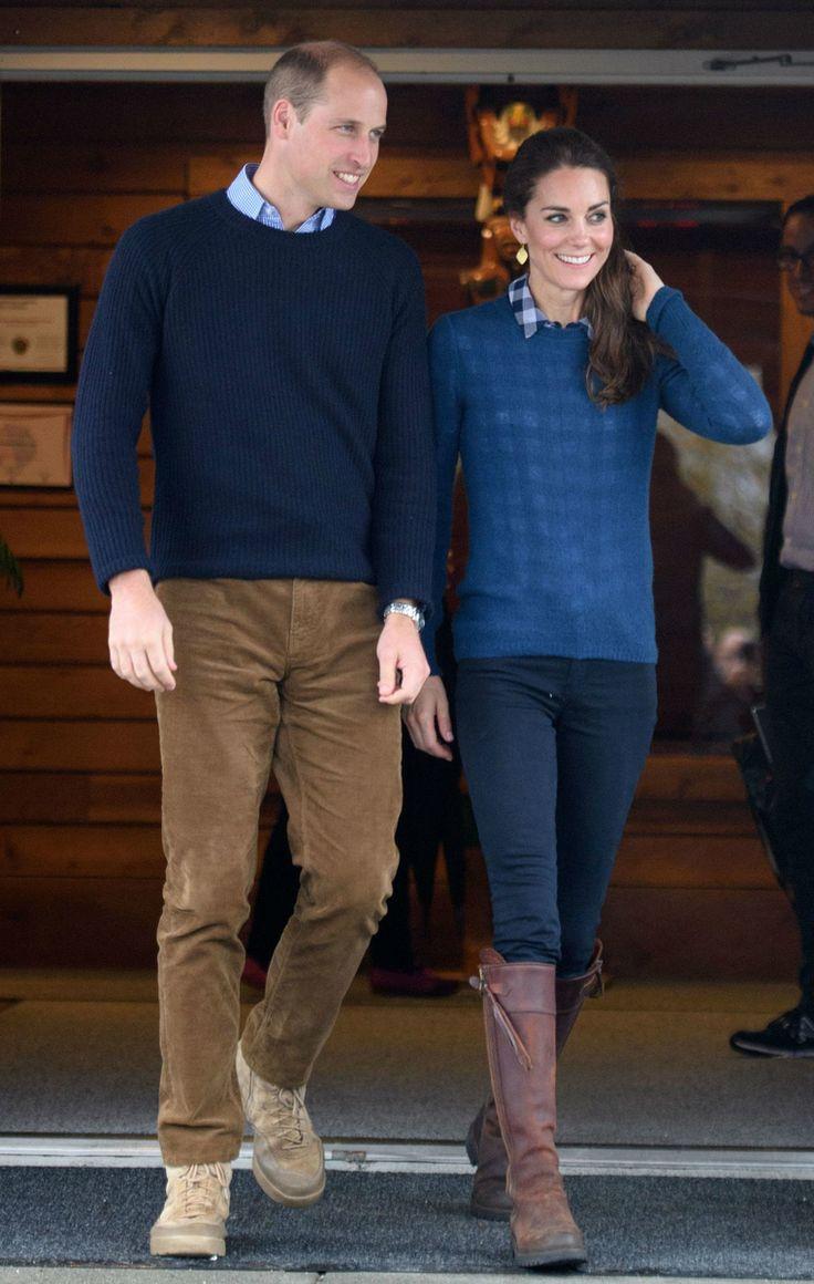 Члены королевской семьи находятся с официальным визитом в Канаде.