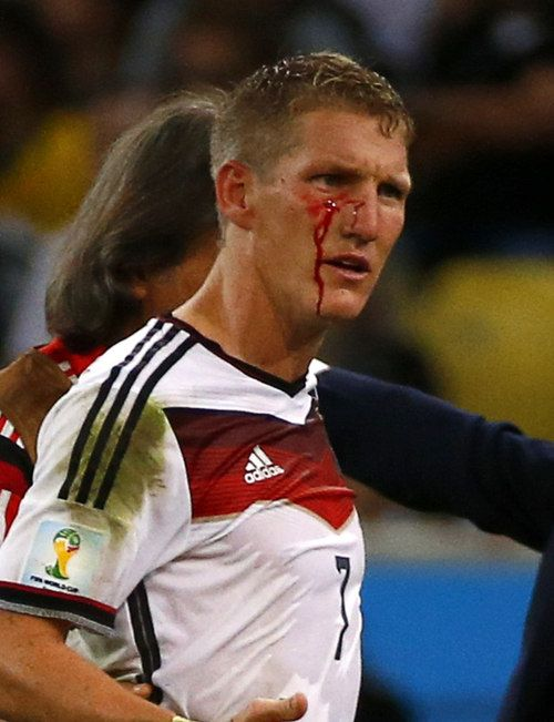 "This will be known in the annals of World Cup history as the ""Gladiator Cut"". In retrospect, I think this propelled Germany to make that winning goal.  #Fußballgott"