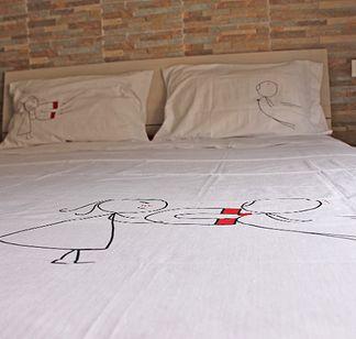 http://creattivitylab.wix.com/ideeregalo#!federe-e-lenzuola-personalizzate/ciaa