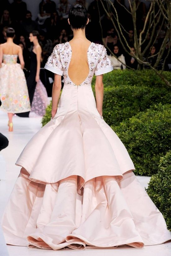 Christian DIor Couture Spring 2013  Beautiful backless pink gown.