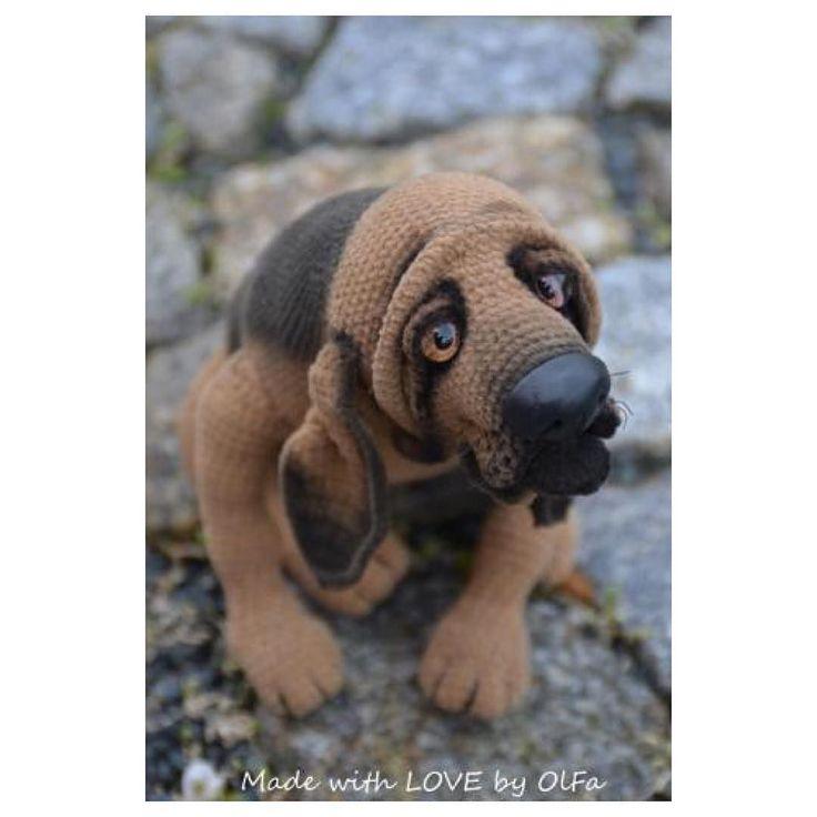 Бладхаунд Ричард ищет хозяев #собака #бладхаунд #вязанаяигрушка #sobaka #amigurumi #crochettoy #dog #hund #bloodhound #handmade #ручнаяработа #вяжутнетолькобабушки #weamiguru #knitting #foradoption #sale by made_with_love_by_olfa