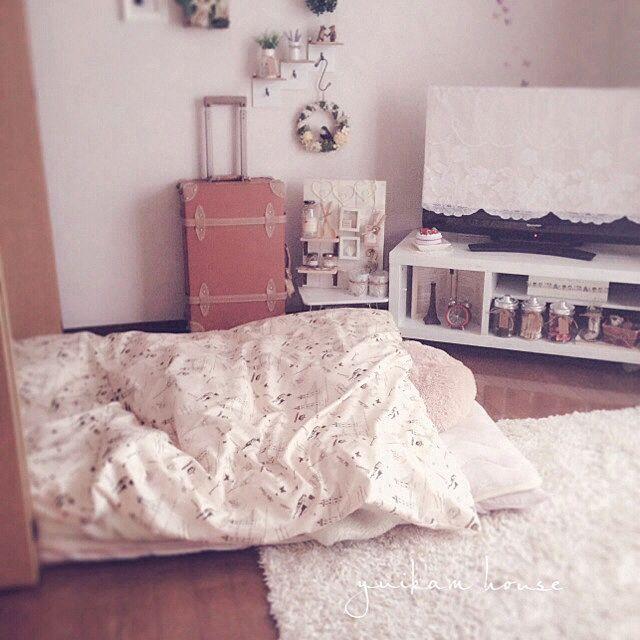 ベッド周り 一人暮らし 布団派です のインテリア実例 2014 02 28 09 08 43 Roomclip ルームクリップ 収納 アイデア インテリア インテリア 実例