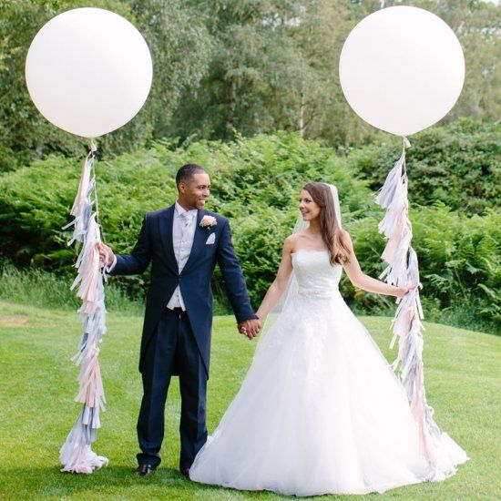 Prepare To Dazzled By This Country Wedding With It S Clic Beauty Modern Twist Lots Light Up Letterswedding Balloonscountry