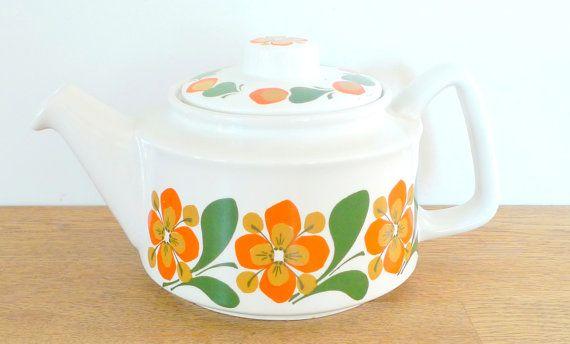 $25 Scandinavian Teapot - Vintage Stavangerflint Design June Rolf Froyland 1960s Norway