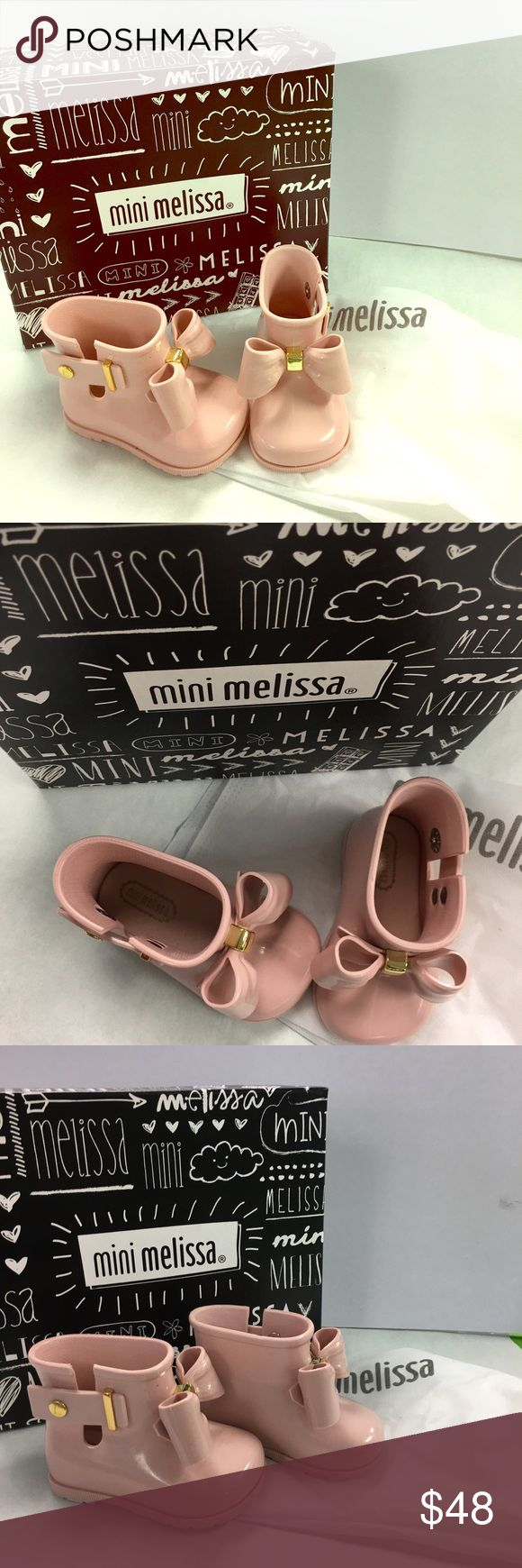 Mini Melissa toddler sz 5 lt pink  Bow Rainboot Never been worn, new with box and shoe bag! Authentic Mini Melissa sz toddler 5. Selling due to store overstock! Mini Melissa Shoes Rain & Snow Boots