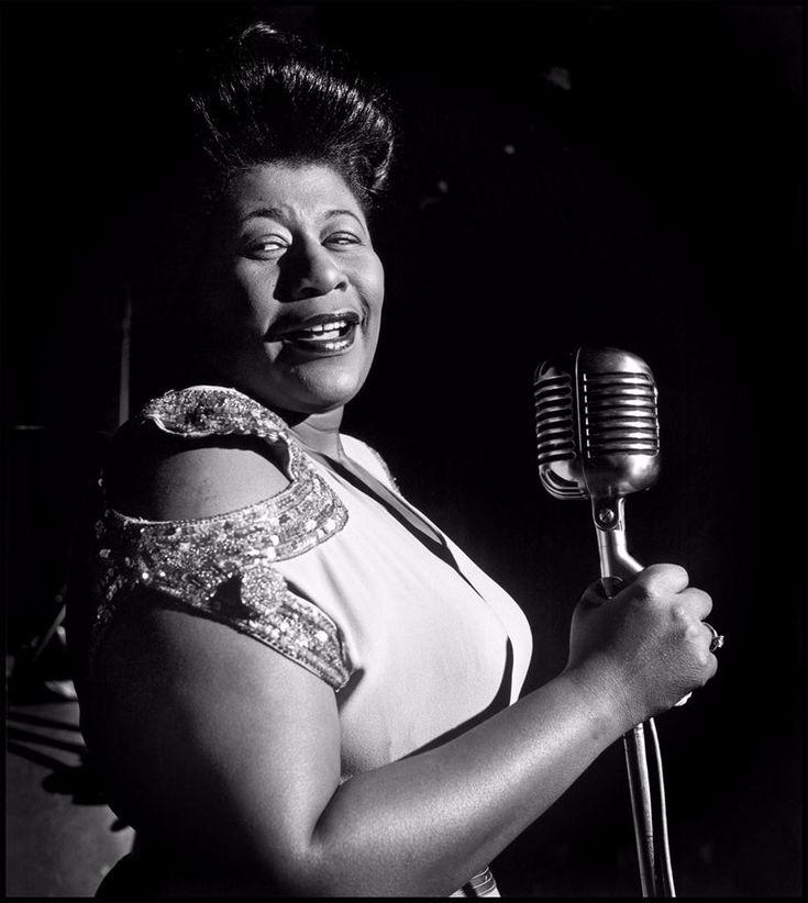 Te presentamos una lista de las 5 grandes divas del jazz de todos los tiempos, que siguen siendo veneradas y recordadas por su voz