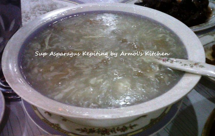 Sup Asparagus Kepiting  Yuk simak resepnya http://aneka-resep-masakan-online.blogspot.co.id/2015/11/resep-sup-asparagus-kepiting-ala-resto.html
