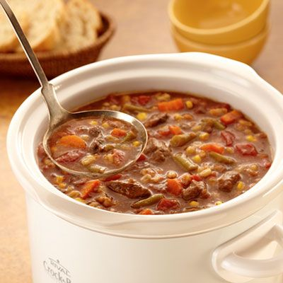 Slow Cooker Beef & Barley Soup...this just looks so yummy and easy too!