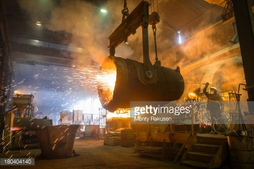 steel-worker-cleaning-large-ladle-in-an-industrial-foundry-picture-id180404140 (507×338)