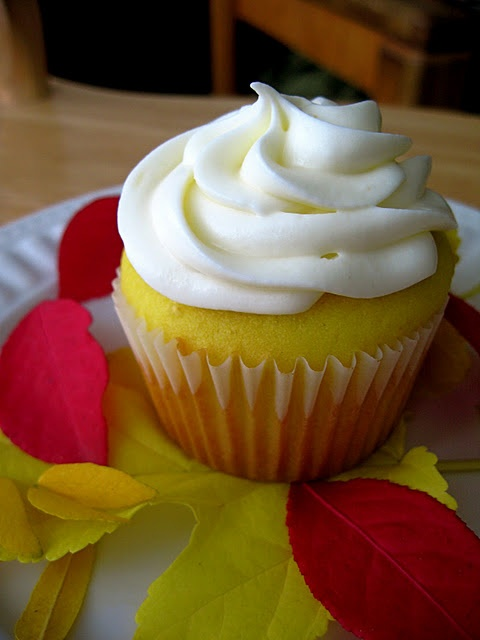 Lemon Cupcakes with Honey Almond Cream Cheese Frosting from yourcupofcake.com >> TONS of great cupcake recipes here!