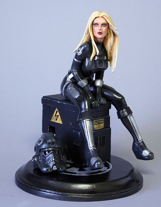 Female Stormtrooper Statue - Page 10