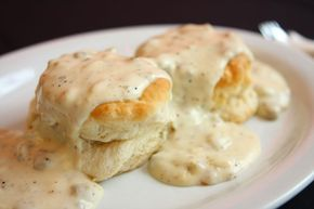 Southern Biscuits and Gravy recipe < OMG it looks so good