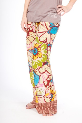 SHALANI (super-soft, light-weight cotton with printed border) PUNJAMMIES™ by International Princess Project.Pajamas handmade with hope from India. We advocate for women enslaved in prostitution; Restore their broken lives; and, Empower them to live free. Read our story here: www.punjammies.com