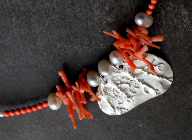 Fine necklace, Silver ACS, red coral, pearls Exhibition Větvení 2017