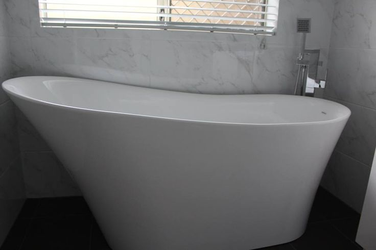 High Rise Caroma Freestanding Bath   Bathroom Renovation Rivervale   On the Ball Bathrooms