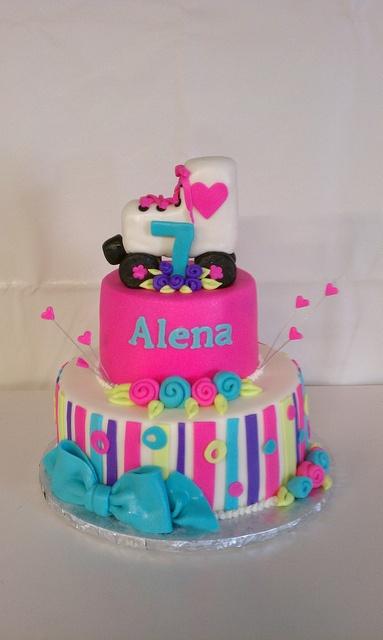 Roller Skate Birthday Cake by Little Sugar Bake Shop, via Flickr