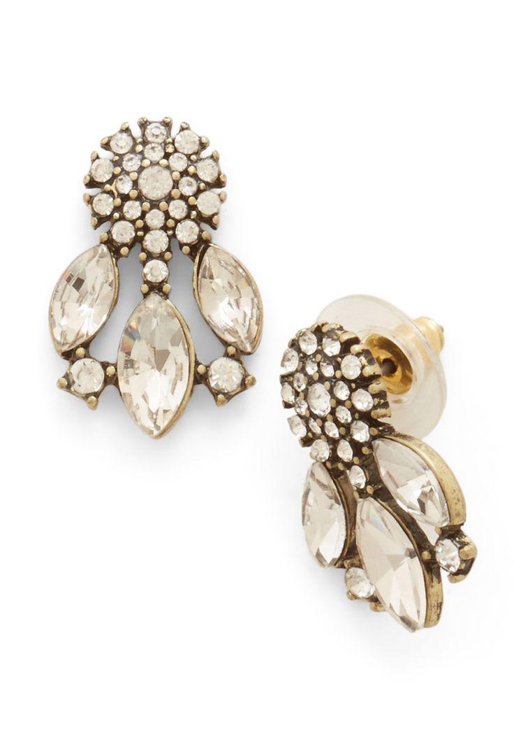 Emblazoned with Beauty Earrings in Ice $14.99