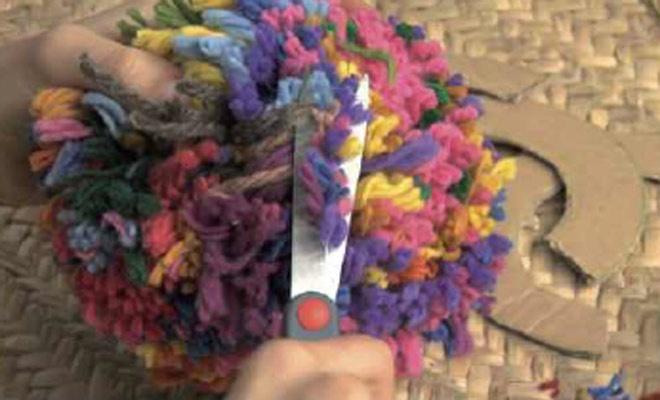 Cómo hacer un pompon