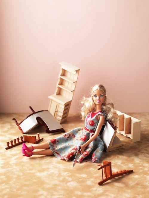 Human interest in JAN Magazine Photography by Frank Brandwijk | 'Barbie' 'Handyman' 'Do it your self' 'Photo Illustration' 'Fun'