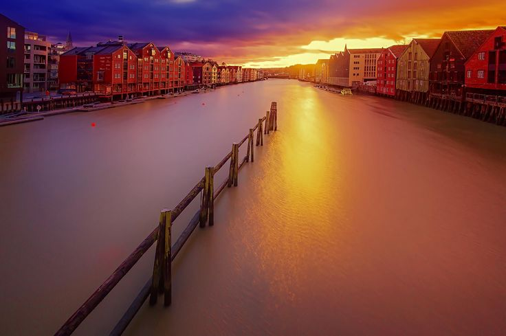 Sunset over Nidelva, Bakklandet in Trondheim by Aziz Nasuti on 500px