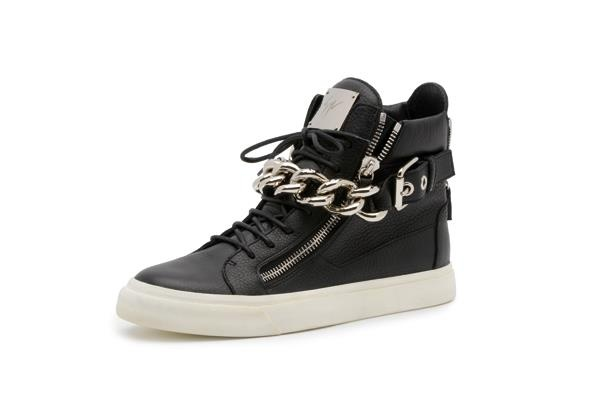 GZ #Sneakers MUST HAVE!!!