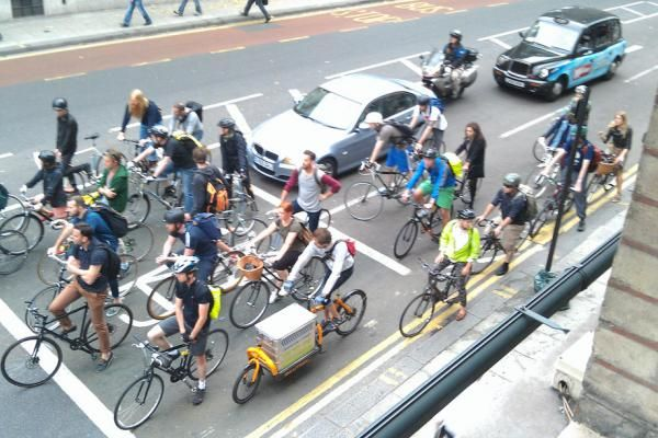 Bikes are now 1/6th of Central London traffic after record- breaking year: http://road.cc/news/141828   v/@EuCyclistsFedmbedded image permalink