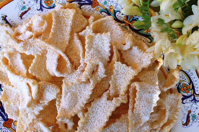 Christina's Cucina: Frappe or Cioffe: Bows and Ribbons of Fried Sweetened Dough