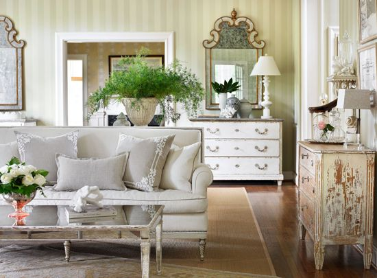 """Lillian August's North Carolina home is """"relaxed and romantic,"""" with a soft palette and furniture with patina. - Traditional Home®  Photo: Emily Followill Design: Lillian August"""